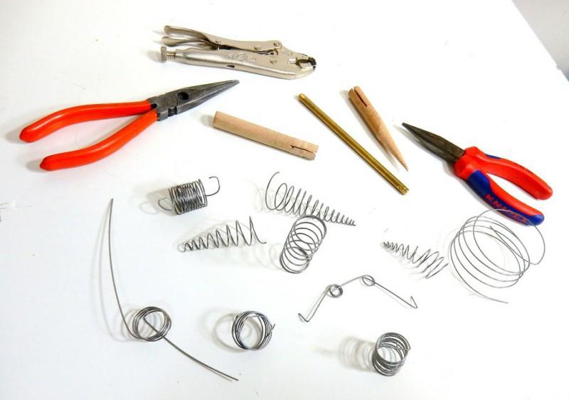 pruzhinyi-dlya-mozgopodelok-svoimi-rukami1