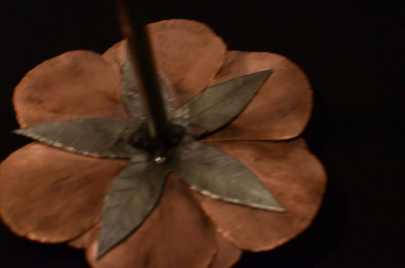 roza-iz-medi-svoimi-rukami13