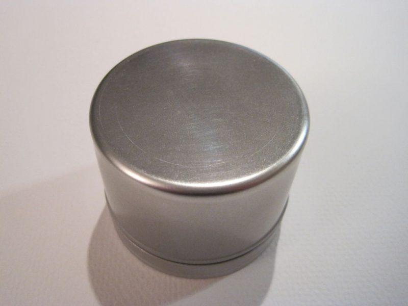 kak-sdelat-magnitnuyu-panel-dlya-spetsiy6