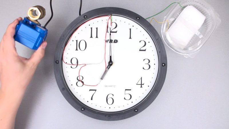 Как сделать таймер полива из часов.mp4_snapshot_00.16_[2016.06.13_20.43.23]