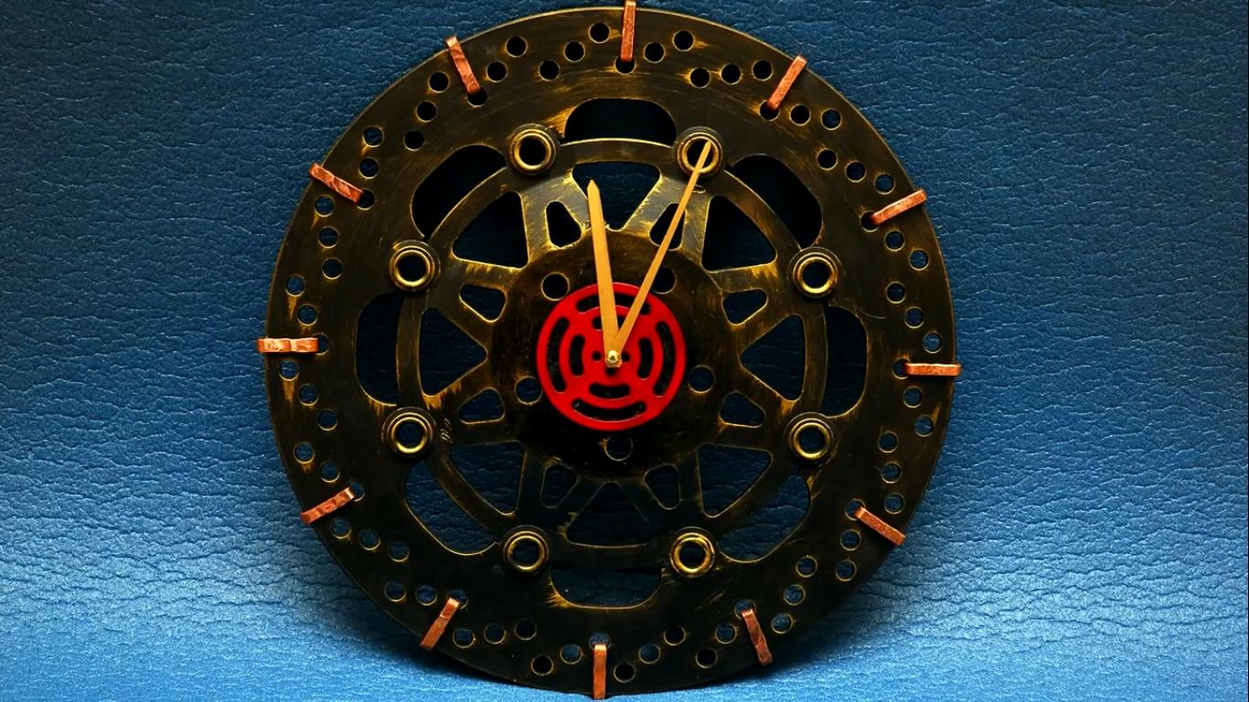 Часы своими руками : создаем из подручных материалов 74