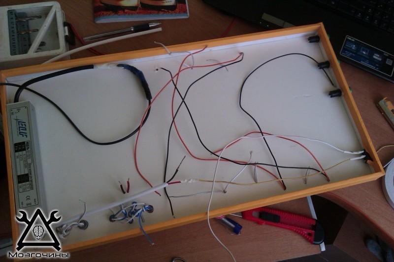 Как сделать красивый светодиодный стенд своими руками на www.mozgochiny.ru 028