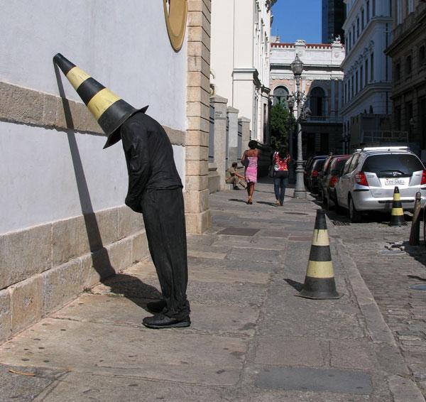 Приколы из скотча своими руками. Фигуры Марка Дженкинса (mozgochiny.ru)_15