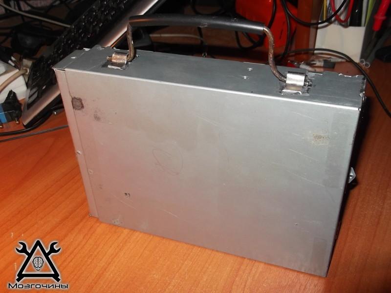 В статье речь пойдёт о переделке корпуса старого cd-rom'а в ящик для мелочёвки. в. dvd-rom.  SterAK.