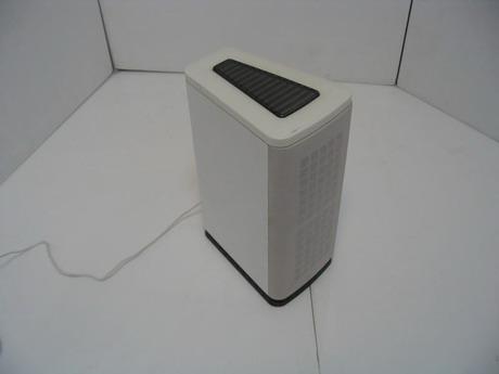 Заводской вид одного сателлита из аудио системы